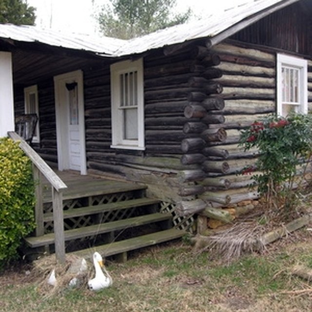 How to clean mold fungi off the outside of a log cabin - How to clean the exterior of a house ...