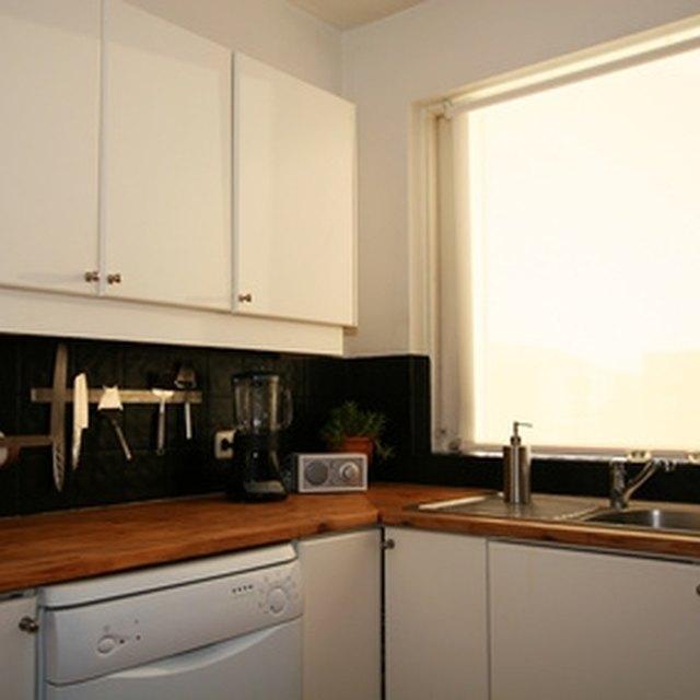 My Bosch Dishwasher Top Leds Won T Light Up Homesteady