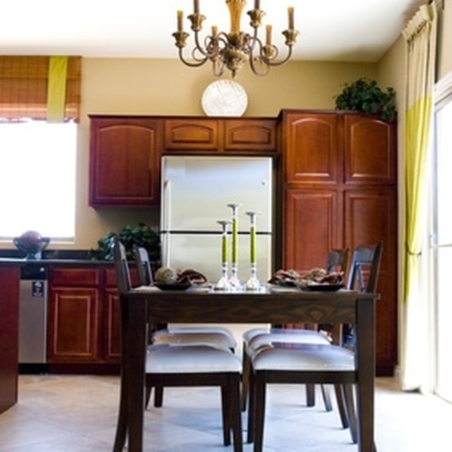 Clean Grease Kitchen Cabinets: How To Clean Yellowed Kitchen Cabinets