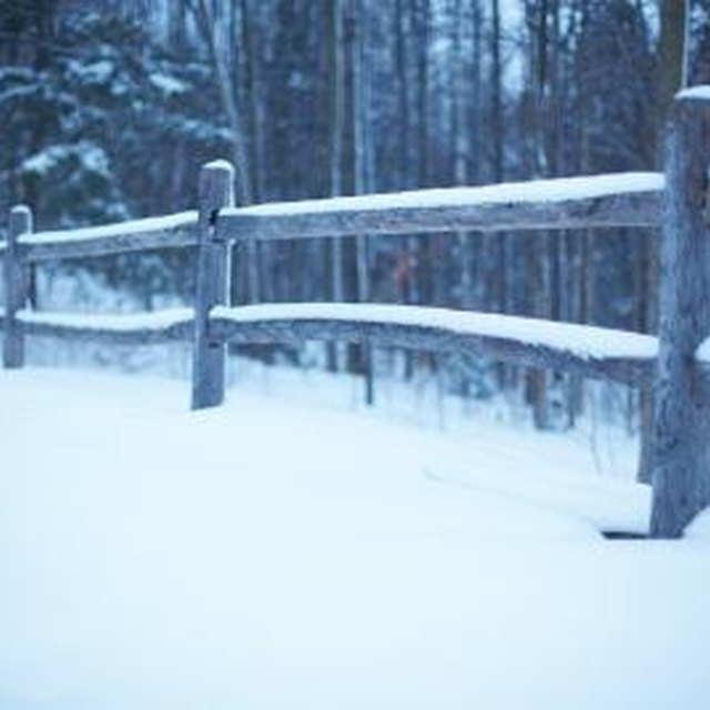 How to Install Fence Posts in Minnesota