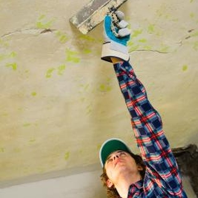 How To Prep A Bathroom Ceiling For Painting Homesteady