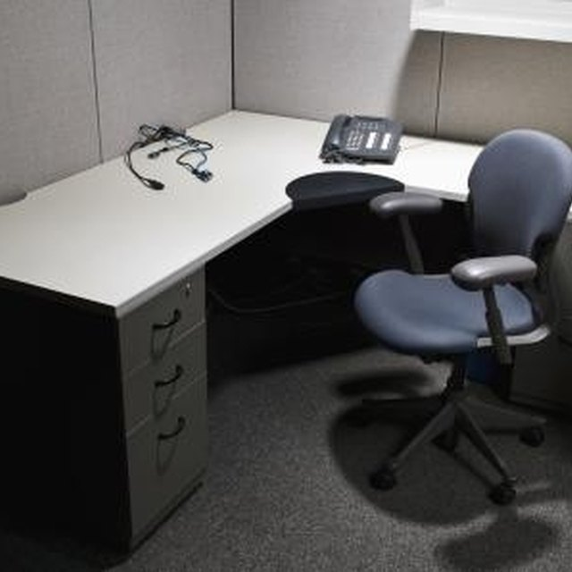 How To Make Desks From File Cabinets And Countertops