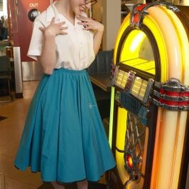 What Should I Wear if I Have 1950s Day at School?