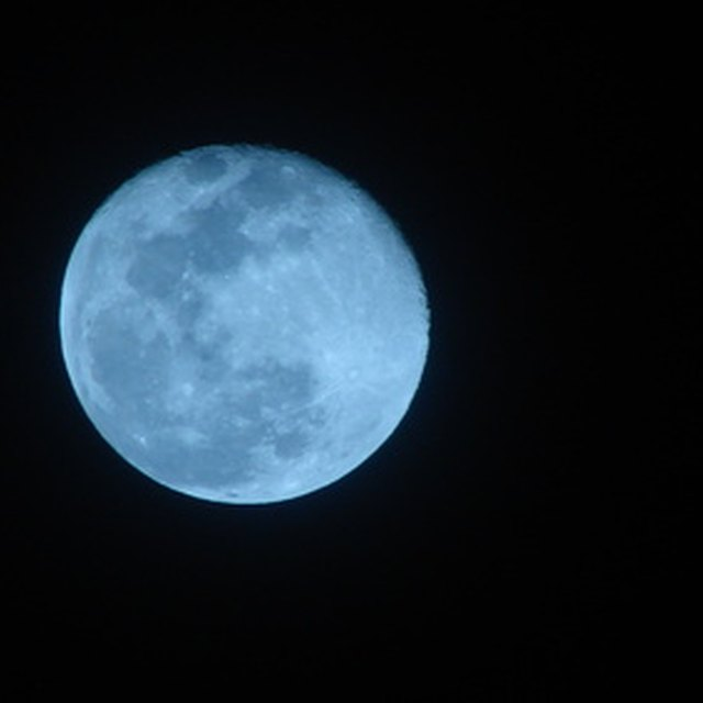 How to Cast a Full Moon Wish Spell