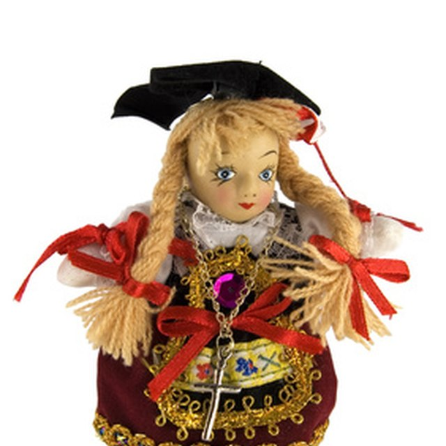 Display Ideas for Doll Clothes and Craft Shows