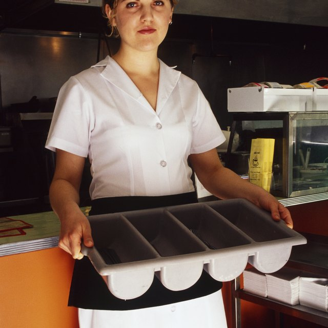 The Role of a Cafeteria Aide in Elementary School