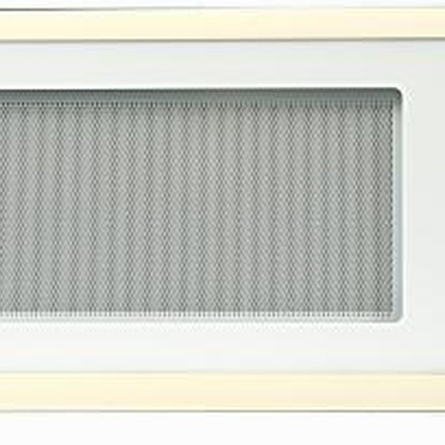 Can You Put Metal In Microwave Convection Oven: What Causes A Burned Plastic Smell In A Microwave
