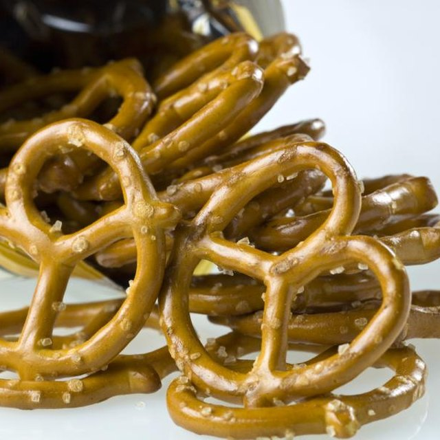 How to Teach Greater Than/Less Than With Pretzels