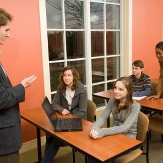 How to Teach Leadership to High School Students With a Lesson Plan