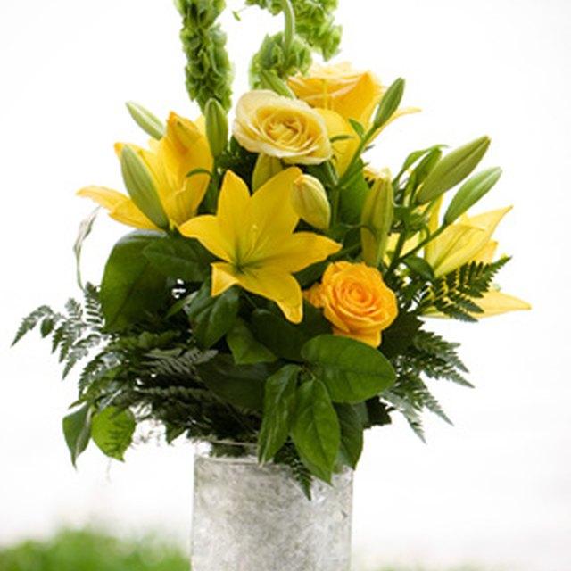 Wedding Flowers For November: What Flowers Are In Season In November?