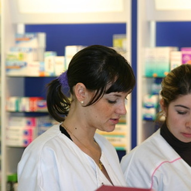 What Are the Duties of a Pharmacy Manager?