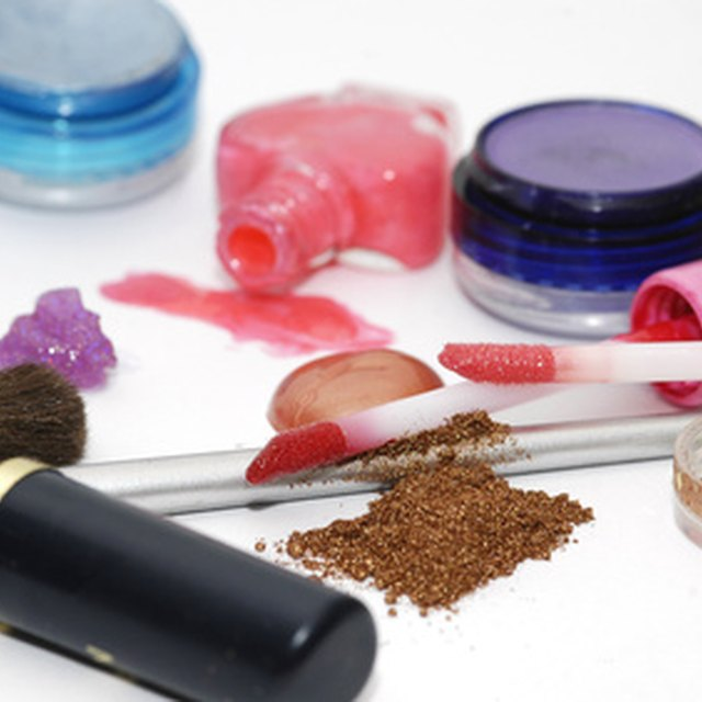 How to Start a Homemade Cosmetics Business
