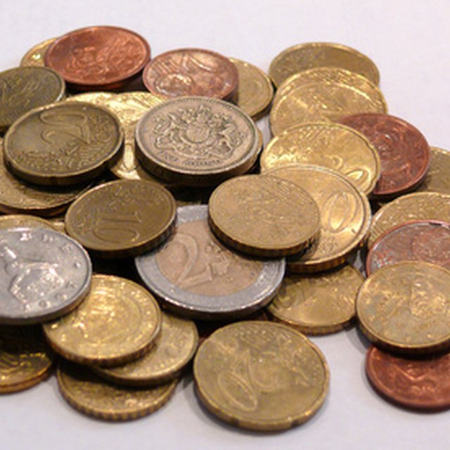 How to Roll Euro Coins
