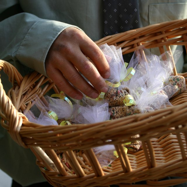 How to Make Birdseed Bags for Weddings
