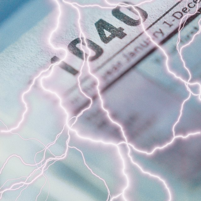 Is a 1099 Required to Be Filed for the New Jersey Income Tax Return?