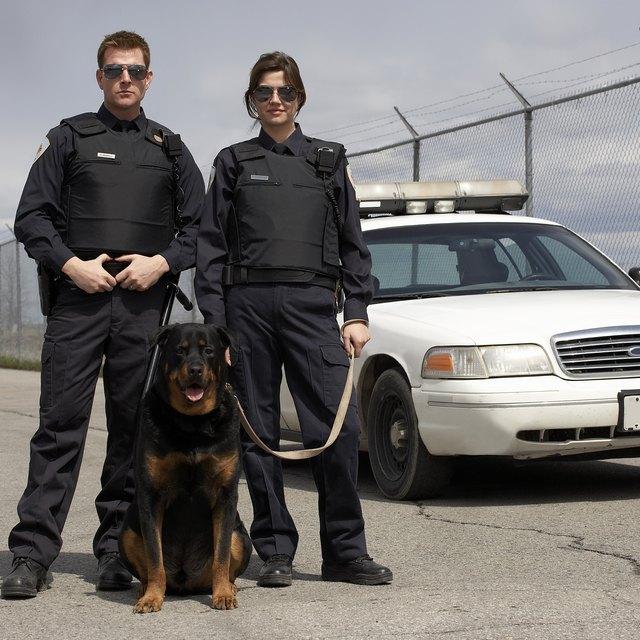 The Advantages of Police BDU Uniforms