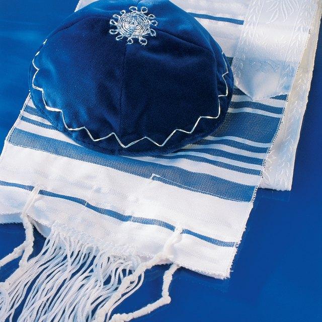 Dressing as an Orthodox Jew