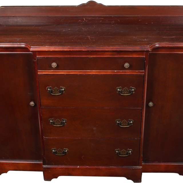 How to get odors out of old wood dressers homesteady - How to get smells out of wood furniture ...