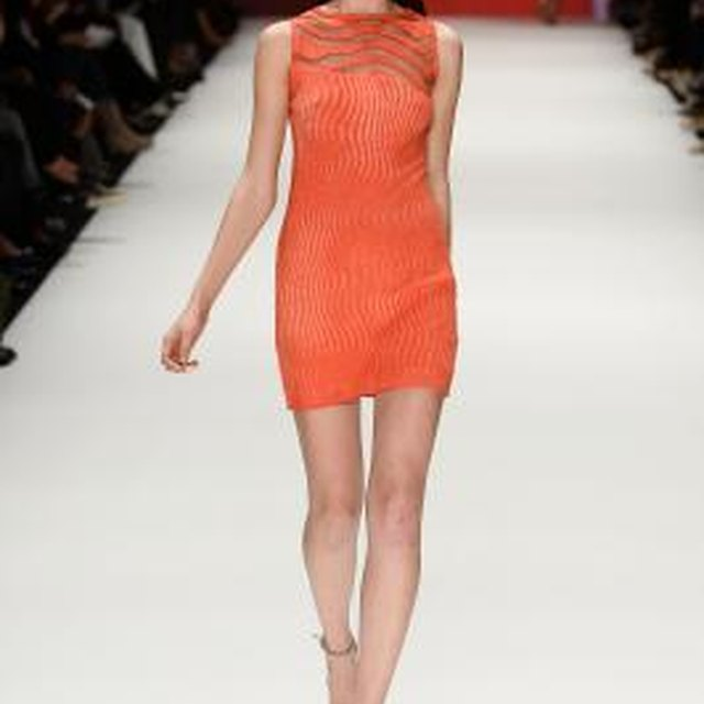 What Color Sandals Would You Wear With a Very Dressy Coral Dress?
