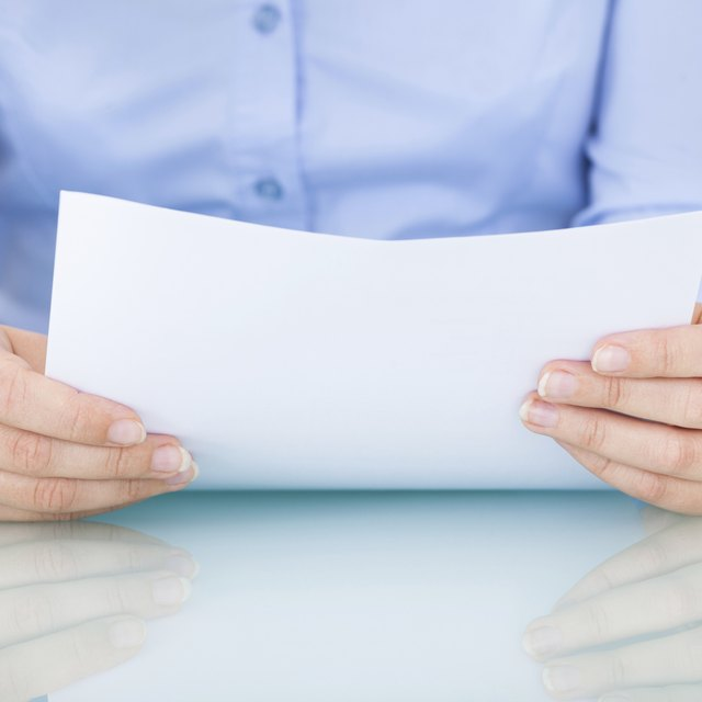 Difference Between an Invoice & a Statement