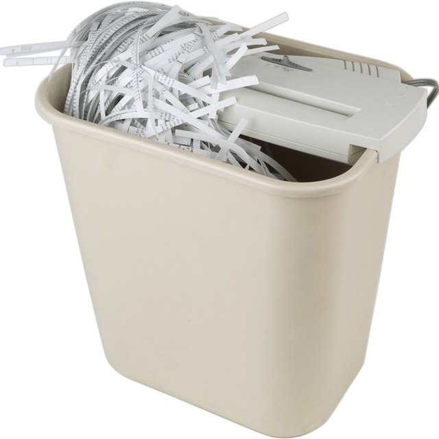 How to Clean a Paper Shredder