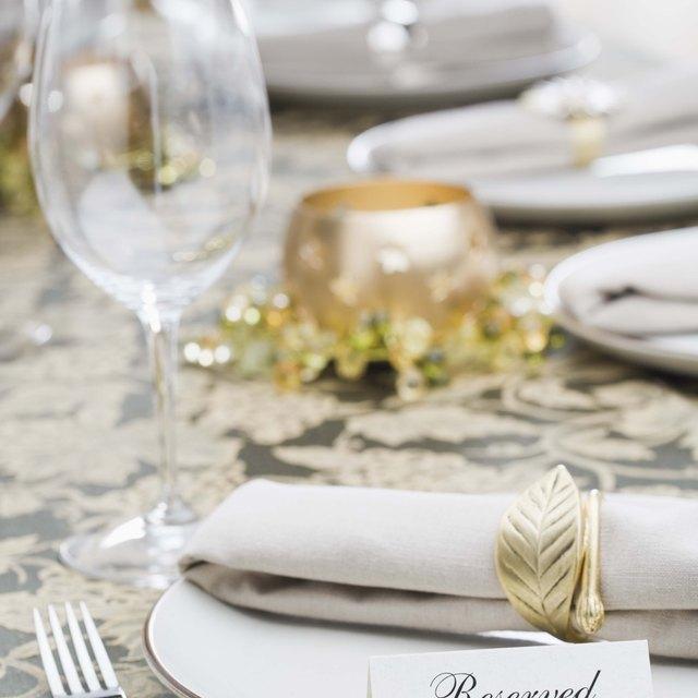 Table Setting Etiquette: Napkin Placement