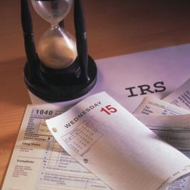 Does an IRS Bank Account Levy Appear on a Credit Report?