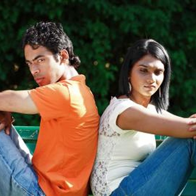 Five Signs That He Is Not Interested in You Anymore