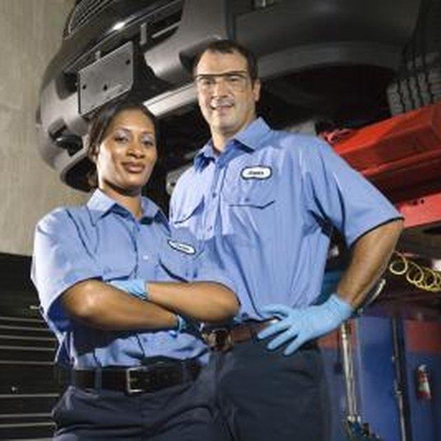 Steps to Get Into Auto Mechanics College