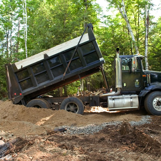 How to Start a Dirt Hauling Business