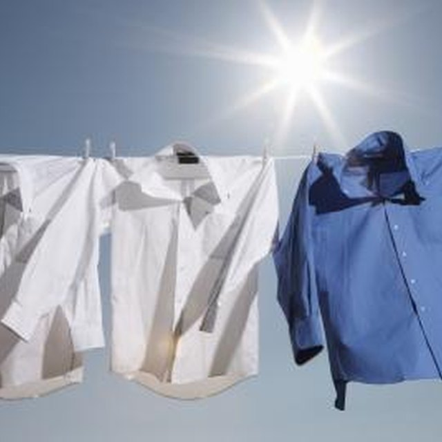Instructions on Removing Sweat Stains From Cotton Shirts