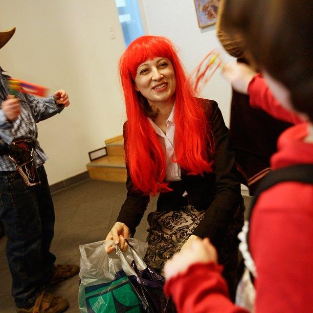 How Orthodox Jews Celebrate Purim