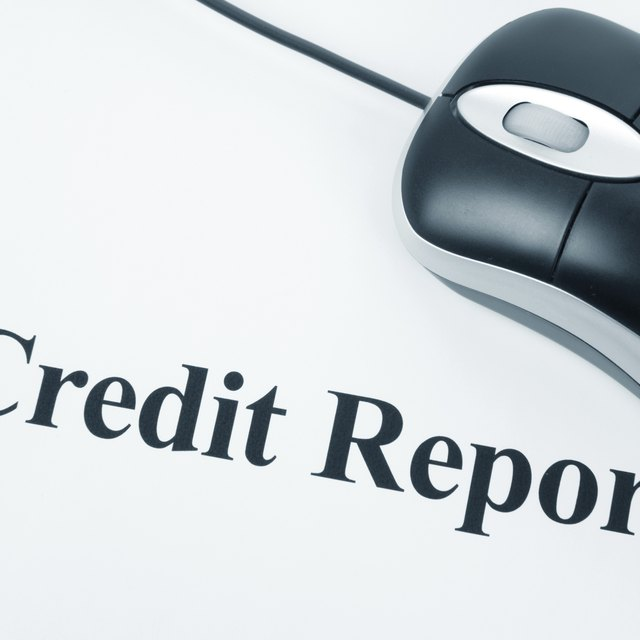 How to Change a Name With the Credit Bureaus