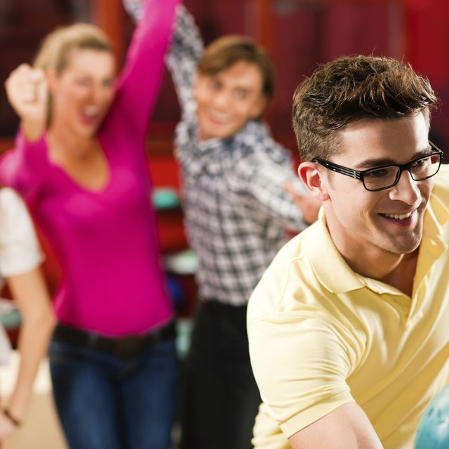 How to Plan a Corporate Bowling Party