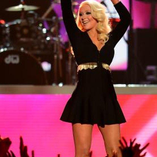 How to Look Like Christina Aguilera