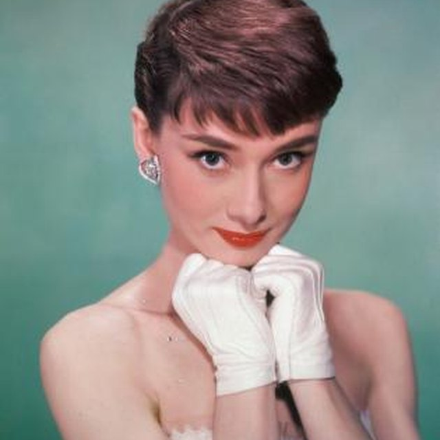 How to Look Feminine With a Pixie Cut