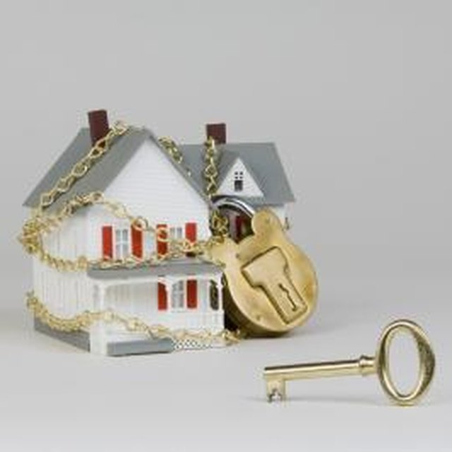 Can You Send a Notice to Vacate When You Buy Property?