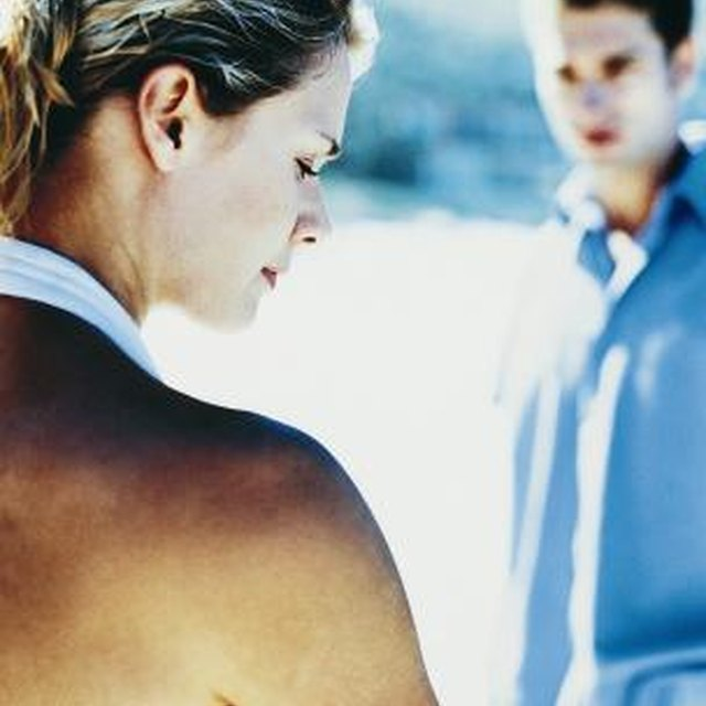 How to Tell If Your Boyfriend Is a Manipulator