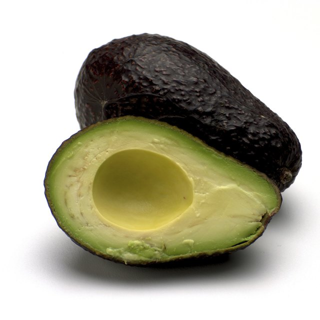 How To Make An Avocado Mask For Hair