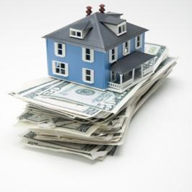 Pros & Cons of Selling a Home on a Land Contract
