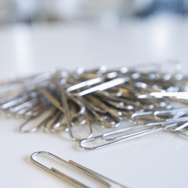 Easy Science Experiments That Use Paper Clips