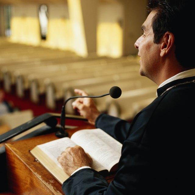 How Much Do You Pay Clergy for a Funeral?