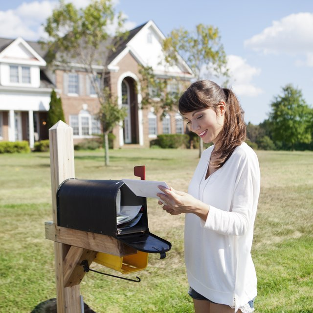How to Check to See if a US Postal Money Order Was Cashed