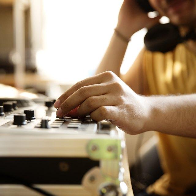 How to Start a Sirius XM Radio Station