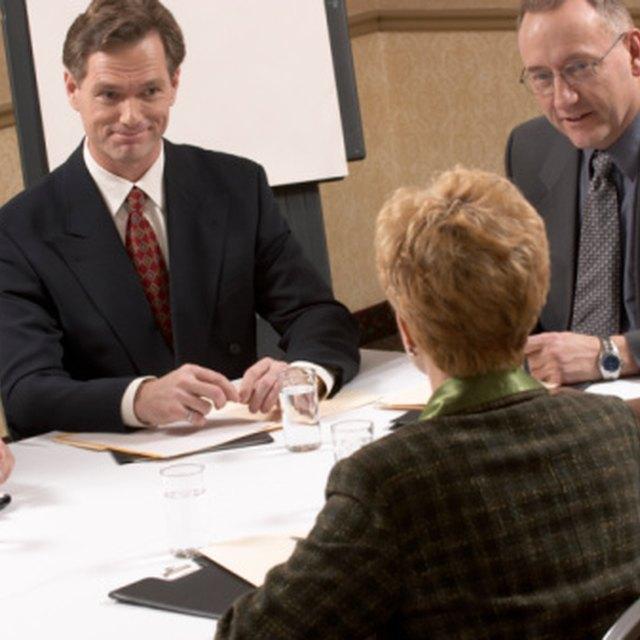 How to Prepare HOA Annual Meeting Minutes
