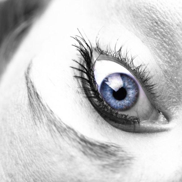 How To Naturally Get Dark Eyelashes Leaftv