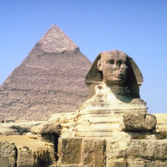 What Are Egypt's Major Imports & Exports?