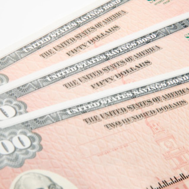 How to Change Names on United States Saving Bonds