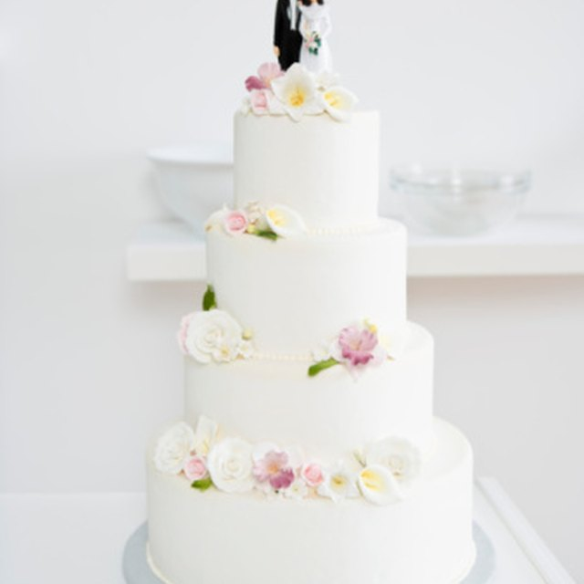 how to preserve wedding cake for a year how to preserve the top layer of a wedding cake our 16114