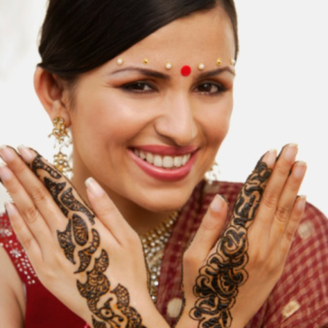 How To Get Rid Of Henna Tattoos Leaftv